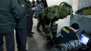 Взрыв в петербургском метро. первые кадры...