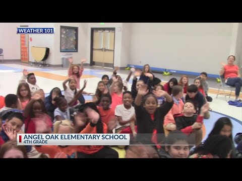 Rob Fowler visits the 4th graders at Angel Oak Elementary School for Weather 101