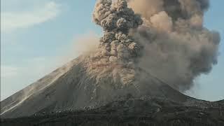 Detik-detik Gunung Krakatau Meletus di Selat Sunda 17 Oktober 2018