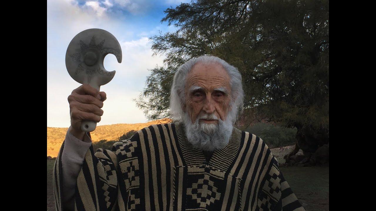 """El Viejo del Poncho"""" Las múltiples vidas de Gastón Soublette - YouTube"""