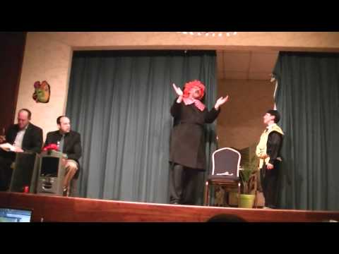 ShMuppet Purim Story (Muppets perofrm the Purim Story) 1/4