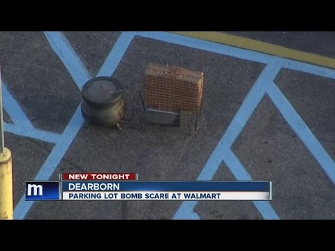 Bomb scare in Walmart parking lot