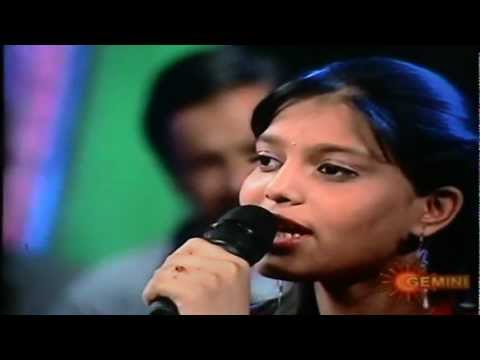 mounika singing nee yadalo naaku from awara movie in gemini show