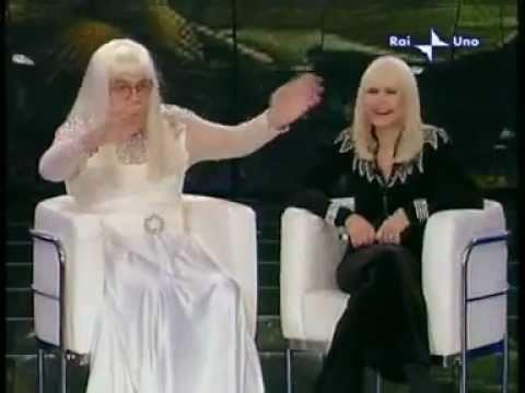 Raffaella Carrà e Donatella (Gianni Boncompagni) - Carramba Che Fortuna 2008