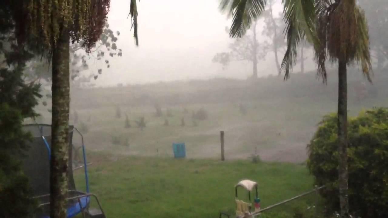 Very heavy rain in Queensland Australia - YouTube