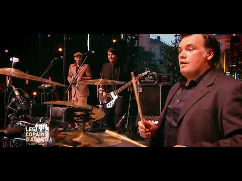 The CELTIC SOCIAL CLUB  Dirty Old Town  live @  France 2