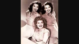 The Dinning Sisters - Wave To Me My Lady (c.1946).
