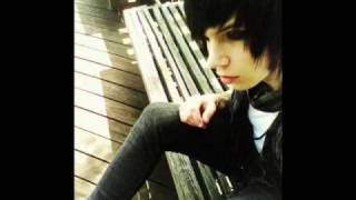 Perfect Weapon-Andy Sixx pics!
