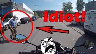 Dummer Mensch läuft VORS MOTORRAD! thumbnail