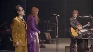 坂崎さんの相槌&合いの手的ギター。 ここぞとばかりに愚痴る桜井さん。...