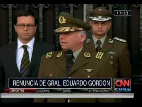 Renuncia General director de Carabineros Eduardo Gordon