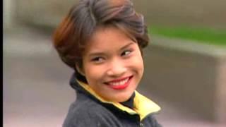 Video Cinta Antara Benua - Episod 17 download MP3, 3GP, MP4, WEBM, AVI, FLV Maret 2018