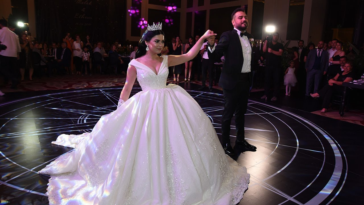 DAMADIN HARİKA ZEYBEK GÖSTERİSİ - GROOM & BRIDE WEDDING DANCE