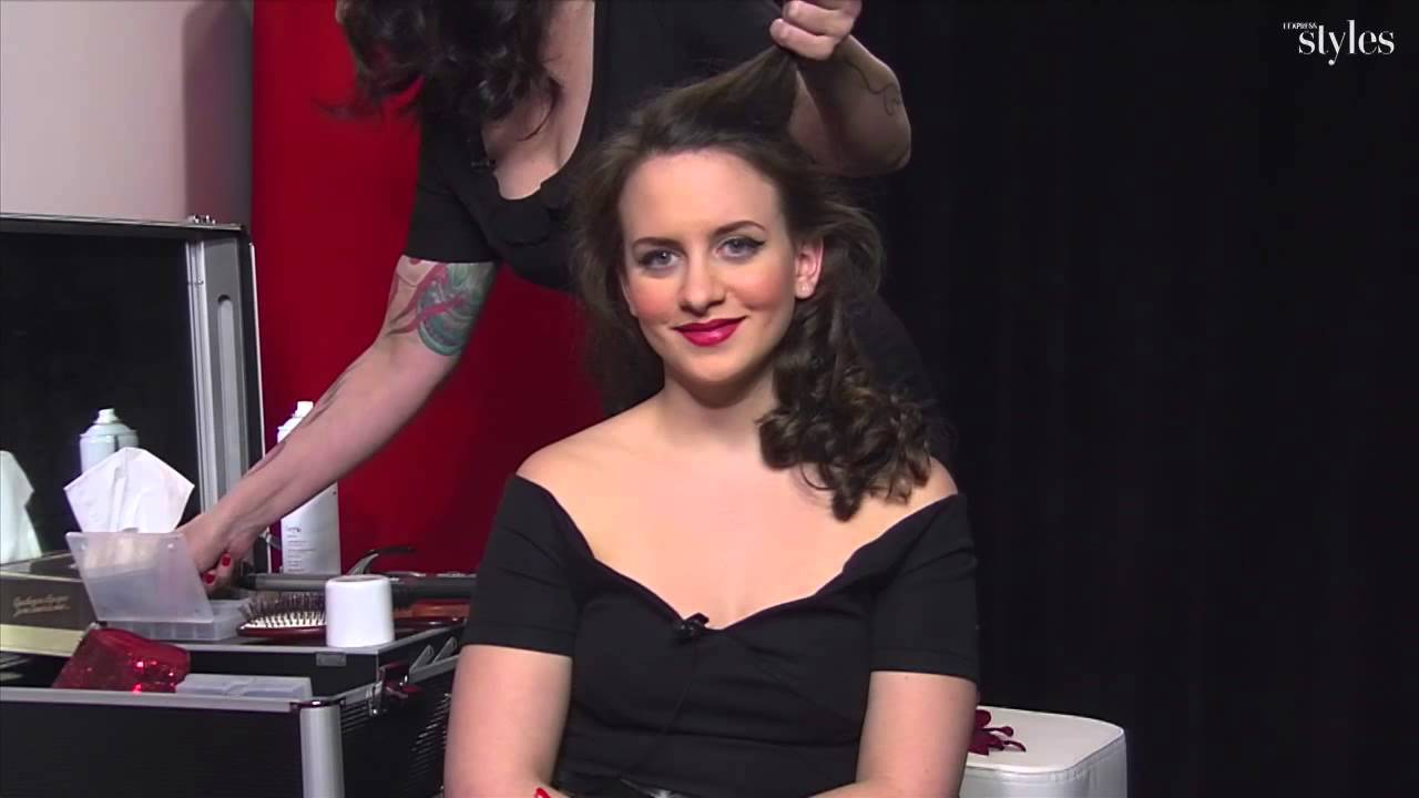 Comment Se Faire Une Coiffure De Pin Up Youtube
