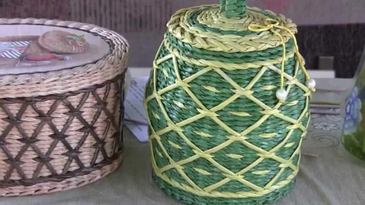 A simple basket of newspaper tubes 26
