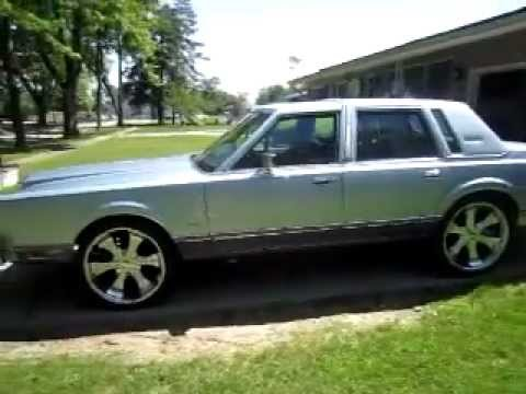 Really Clean Lincoln Town Car 1984 Youtube