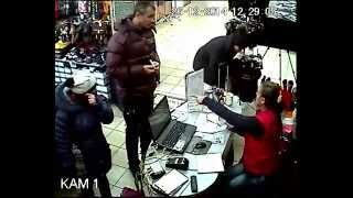 Воровки (семейная династия) в магазине сумок