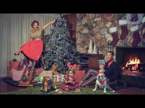 John Legend - Christmas Time Is Here (Official Yule Log)