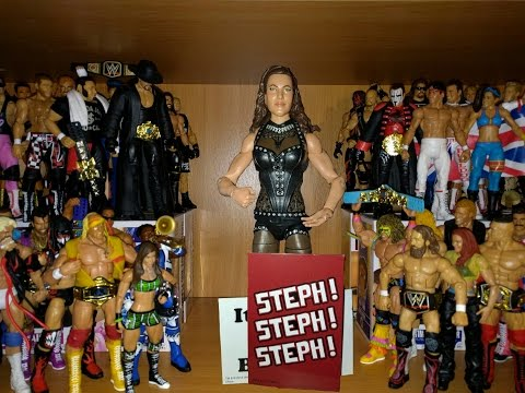 Stephanie McMahon (Steph) Elite 37 - WWE Mattel Figure Review & Unboxing thumbnail