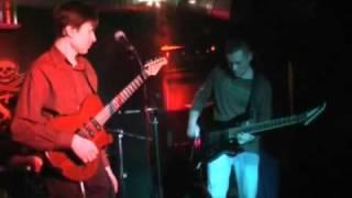 Реквизитум - соло-гитарист жжет