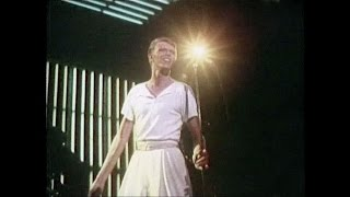 David Bowie - Hang On To Yourself - live Dallas 1978 (remastered)
