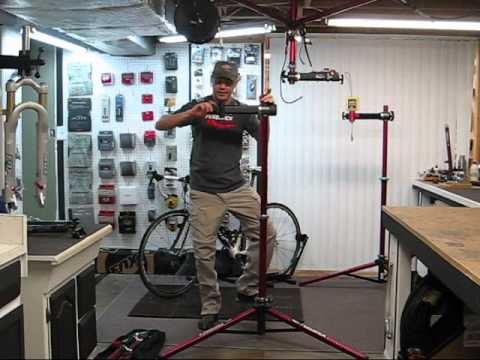 Feedback Sports Repair Stand Review Youtube