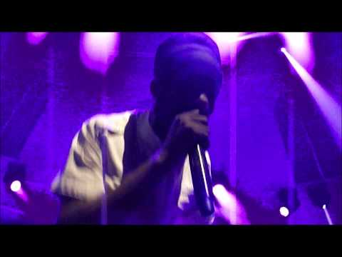 SIZZLA LIVE 2013 PT 2 Run out pon dem @ Paradiso Amsterdam