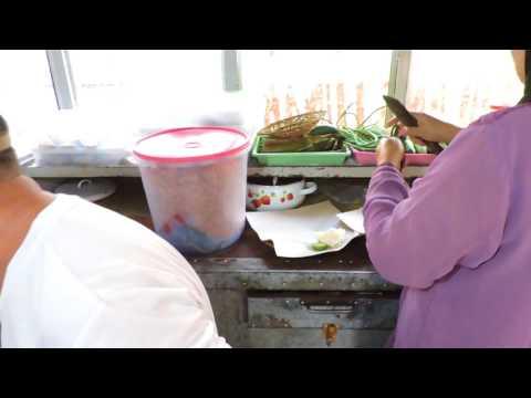 Indonesia Tegal Street Food : Ayam Goreng Tulang Lunak Kota Tegal@Rp.14.000,- Part 1