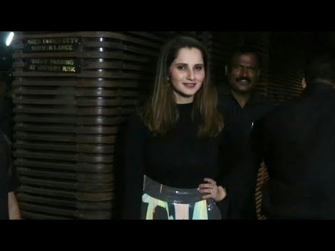 Sania Mirza snapped at yuvraj singh retirement party