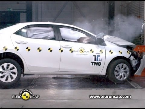 2013 toyota corolla crash test youtube. Black Bedroom Furniture Sets. Home Design Ideas