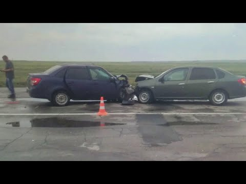 На трассе в Волгоградской области постоянно происходят аварии и гибнут люди.