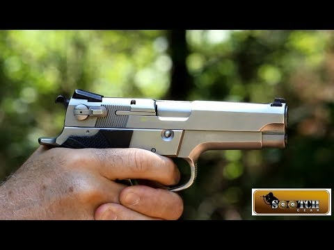 Video: Sootch00 Reviews The Smith & Wesson Model 5906 Pistol