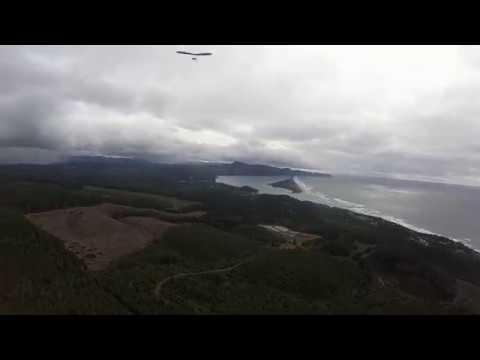 Hang gliding flight at Oceanside Oregon 3/18/18