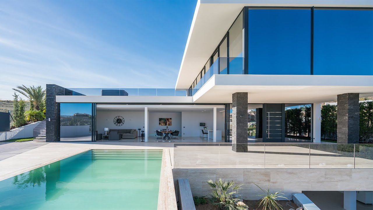 New modern villa in nueva andalucia marbella spain youtube for Plan architecte villa moderne