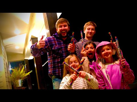 family-fun-at-new-years!-|-greenhouse-small-tour-vlog---th-mac's