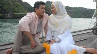 Download Video Ombak Rindu (OST) - Hafiz feat Adira.wmv MP3 3GP MP4