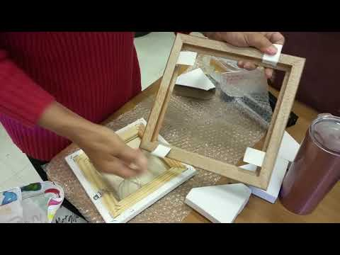 How to put canvas in a homemade frame