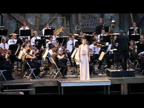 Sharleen Joynt sings the Frühlingsstimmen Voices of Spring Waltz  Johann Strauss II