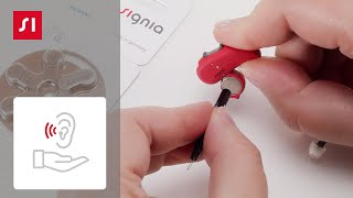 How to exchange a BTE (behind-the-ear) hearing aid battery