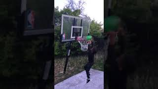 Lil Rell dunking 4/2018