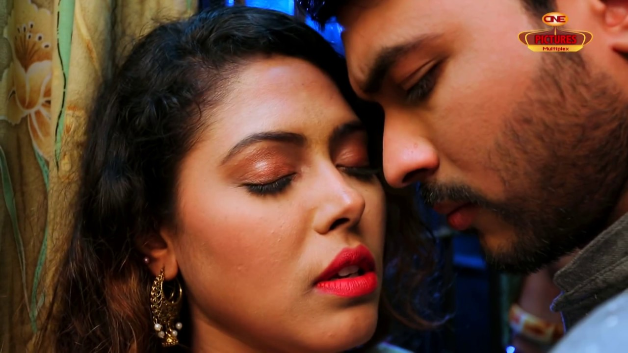 Download Deho Bikri l দেহ বিক্রি l Hot Romantic & Heart Touching Bengali Short Film Hanif Palowan CPM 2018