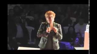Repeat youtube video Peter y Eva Mueller-Meerkatz en Bogotá - Conv. Nov 2013 dia 1