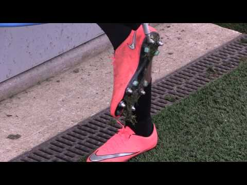 Nike Football Presents: Anti-Clog Traction ft Paris Saint-Germain