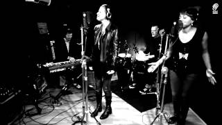 Lisa Stansfield 'Carry On' (Acoustic) Official Video - New album 'Seven' - OUT NOW!