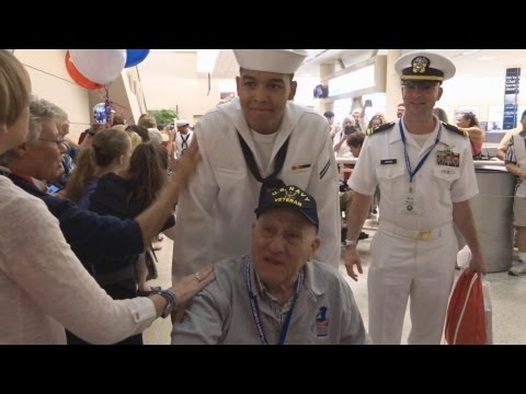 Honor Flight Chicago - July 29, 2015 - Midway Airport