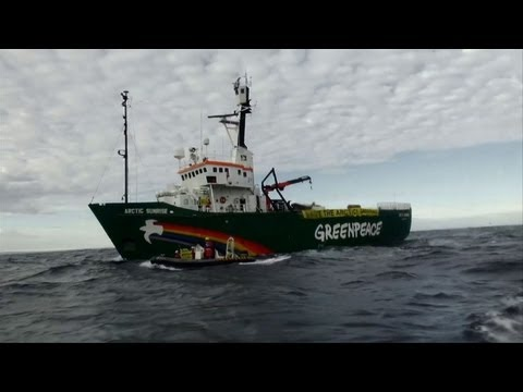 Greenpeace ship defies Russia by entering Arctic route