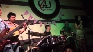 Hà Nội Trái Tim Hồng - Hồng Nhung singer - G4U CAFE (30-6-1