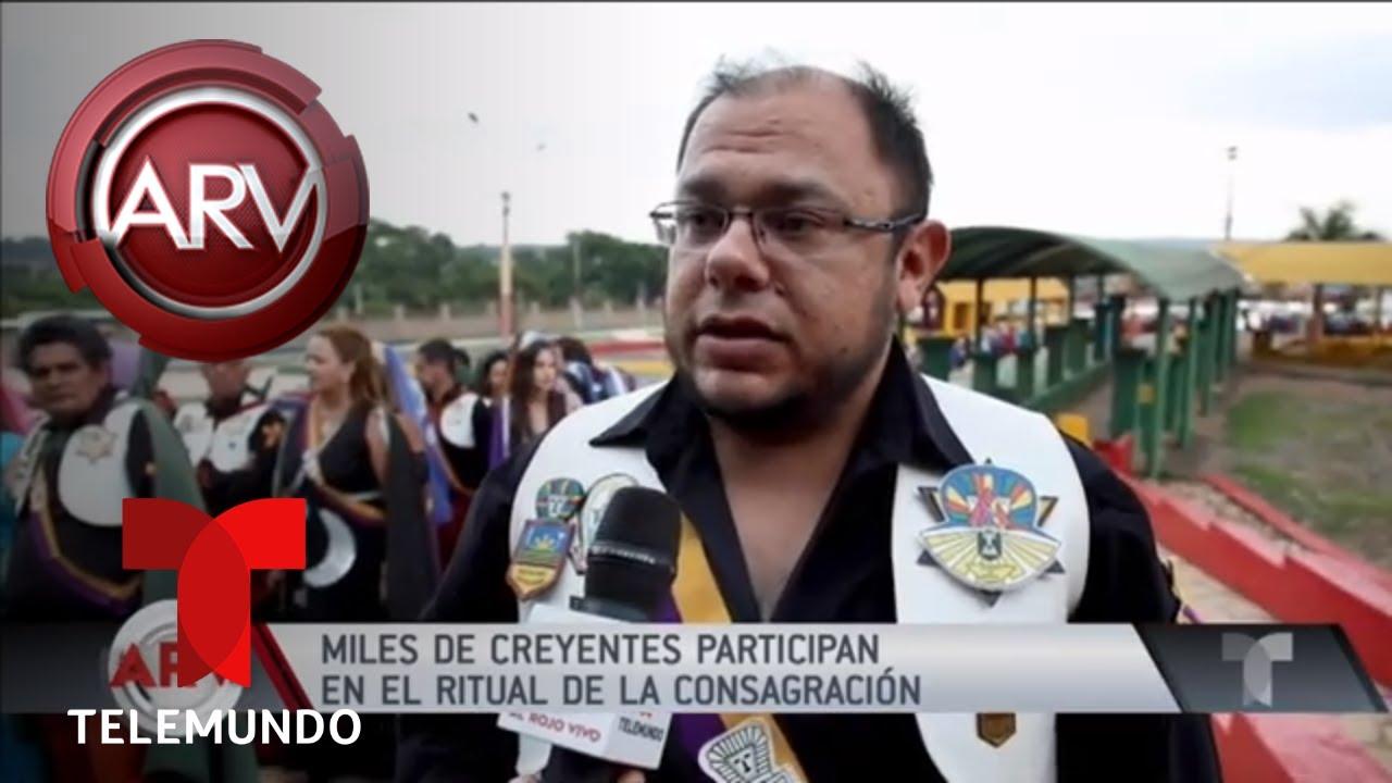 cientos-asisten-al-ritual-de-consagracin-en-brasil-al-rojo-vivo-telemundo