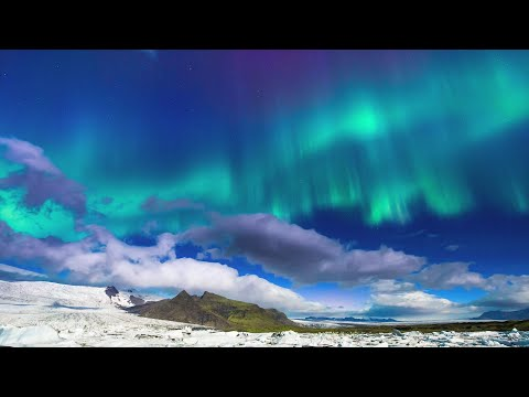 Northern Lights Time Lapse - A Starry Sky of Iceland and Alaska -(オーロラのタイムラプス映像)