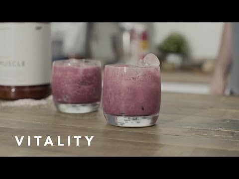 Vitality Berry Smoothie Recipe | Myprotein.com